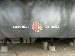 Louisville Softball