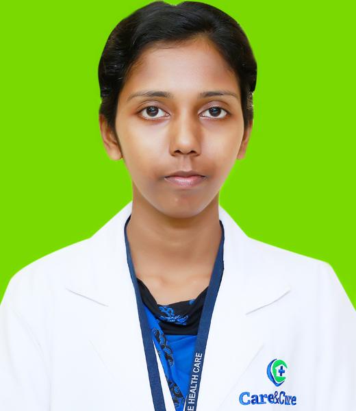 Shamini S., Lab Technologist