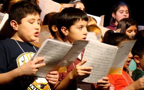 Children's attitudes to supporting autistic peers improves through collaborative music 11