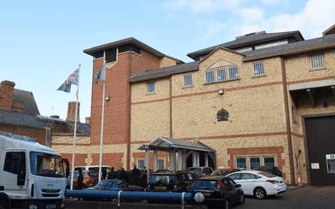 'Insufficient' progress made in addressing key safety issues at HMP bedford 1