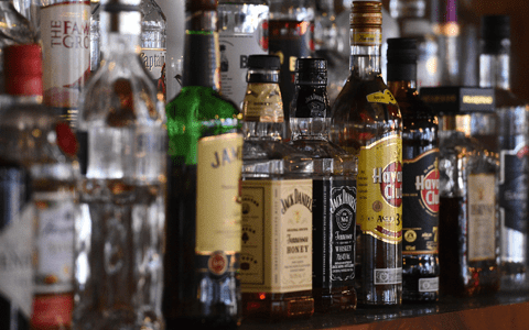 Minimum alcohol pricing may have contributed 21% cut in related deaths in Glasgow
