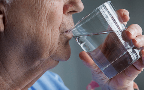 Care home workers missing danger signs of dehydration according to study