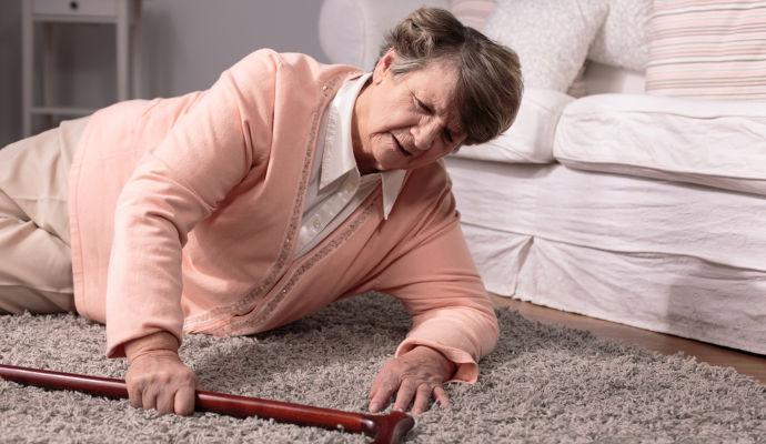 Senior Falls RISKS TO SENIORS SAFETY AT HOME