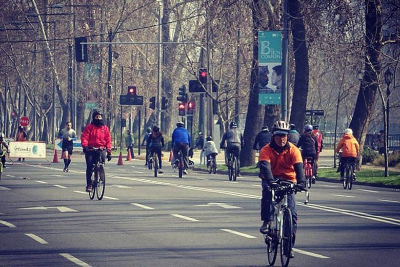 Every Sunday, 40,000 people go cycling on car-free sections of main roads in Santiago