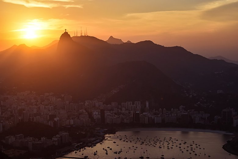 The sunset over Rio de Janeiro from Sugarloaf Mountain is one of the most spectacular in the world