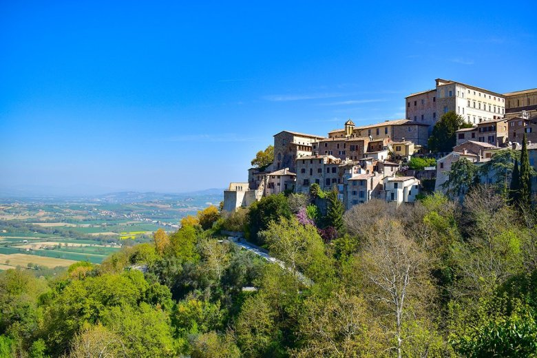 The hilltop town of Todi makes for a great day trip between Orvieto and Montefalco