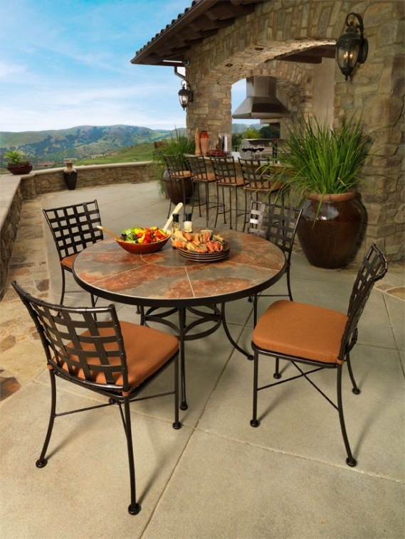 Monterra outdoor furniture at Carefree Outdoor Living