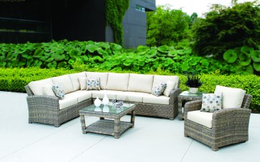 Tommy Bahama Princeville outdoor furniture at Carefree Outdoor Living
