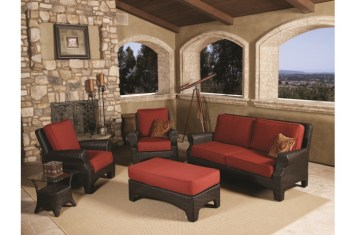 Santa Barbara Collection outdoor furniture at Carefree Outdoor Living