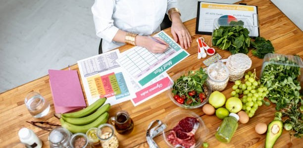 A nutritionist researching