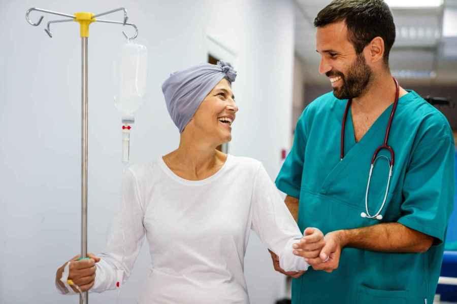 Oncology Nurses Coordinate Care