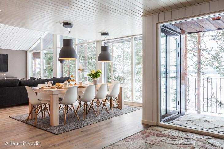 Sisustussuunnittelu Eames tuolit vanha omakotitalo remontti vanha rakennus Tampere Pirkanmaa Tampere Pirkanmaa