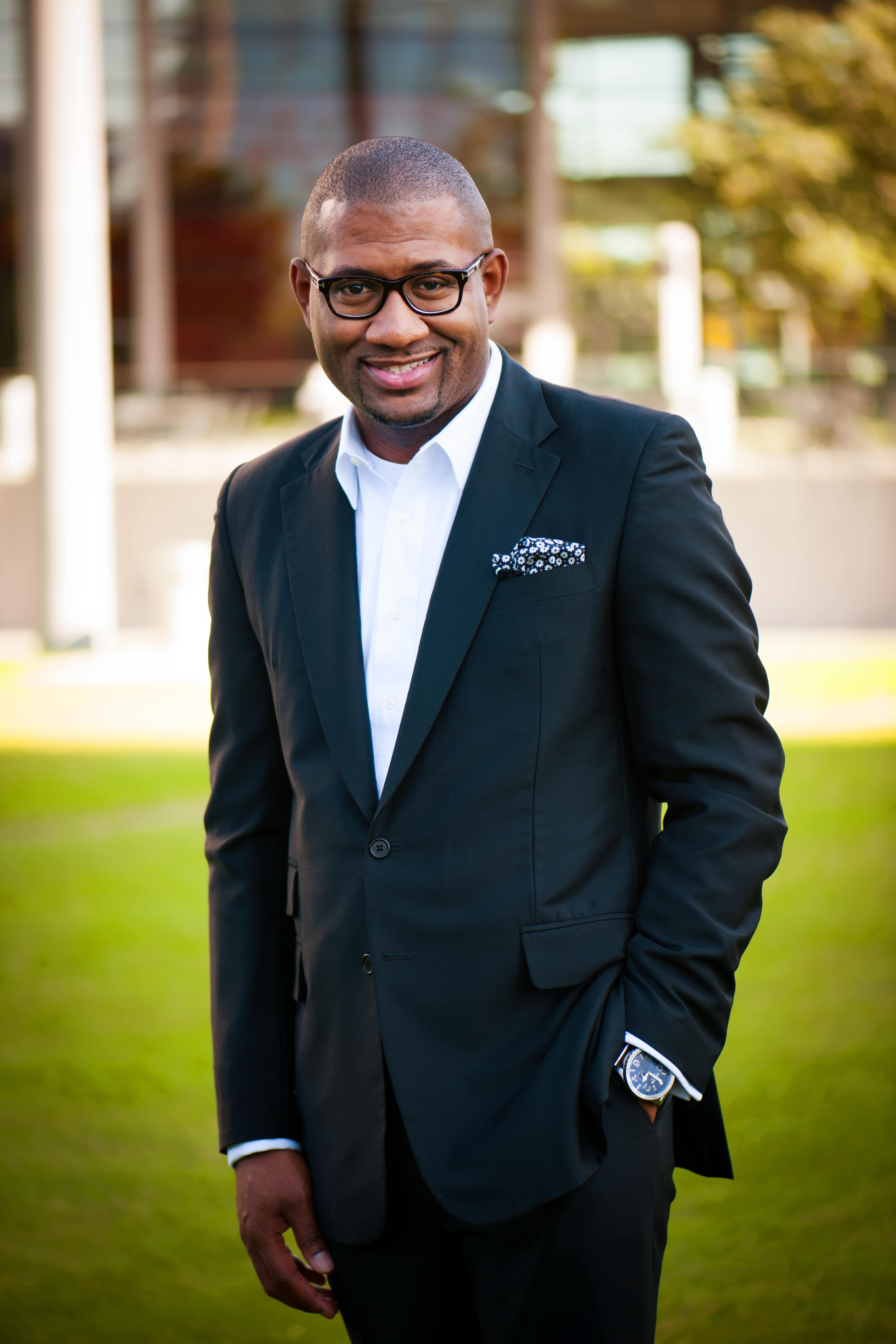 CNLP 196: Bryan Carter on What Makes for Successful Succession, Navigating 300% Church Growth and The Racial Divide in America