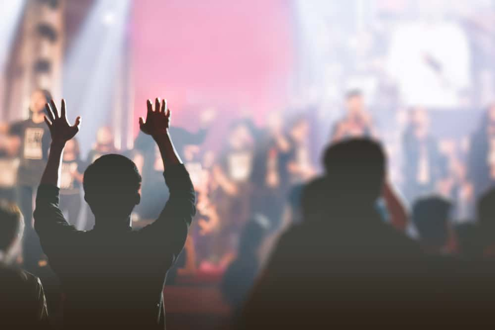 5 Reasons Charismatic Churches Are Growing (And Attractional