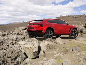 2016-Lamborghini-Urus-Review