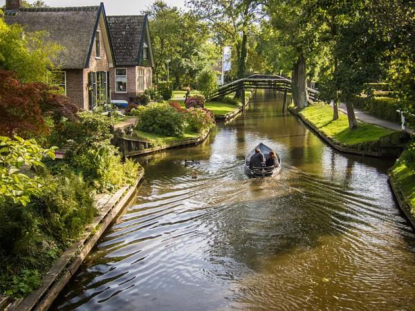 Giethoorn_Netherlands_flckr05