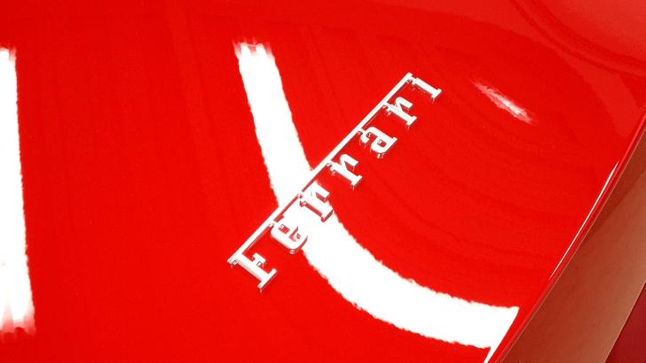 ボディーコーティングを施工したフェラーリ カルフォルニア Ferrari Californiaのボディ
