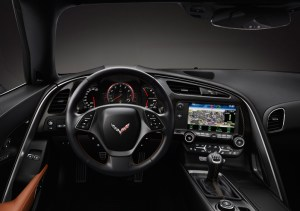 0003-798x563_corvette_stingray_interior