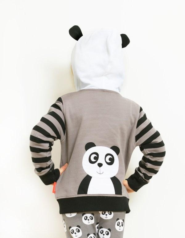 model panda hoodie back