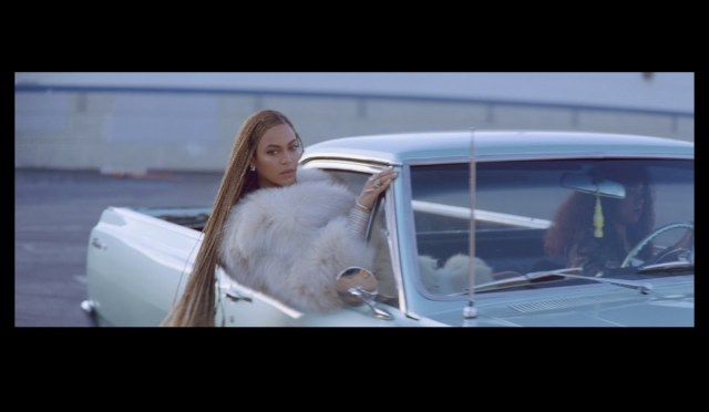 """Beyoncé Slays In New Suprise Video """"Formation""""."""