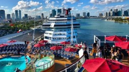 Cruise ship ban extends to end of October