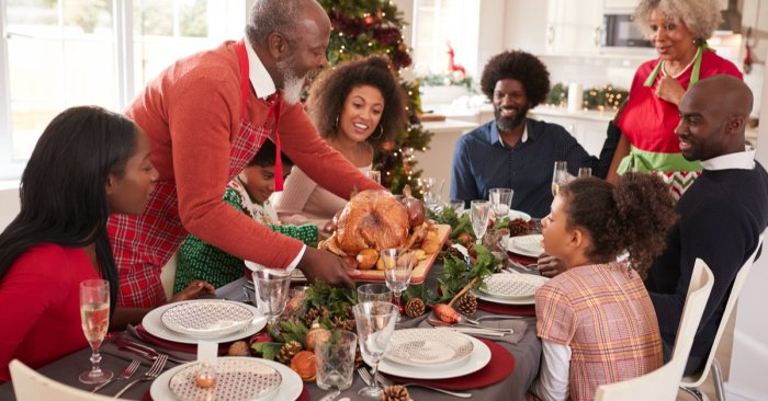 Staying Safe and Joyful: Tips for a Dementia-Friendly Holiday Celebration