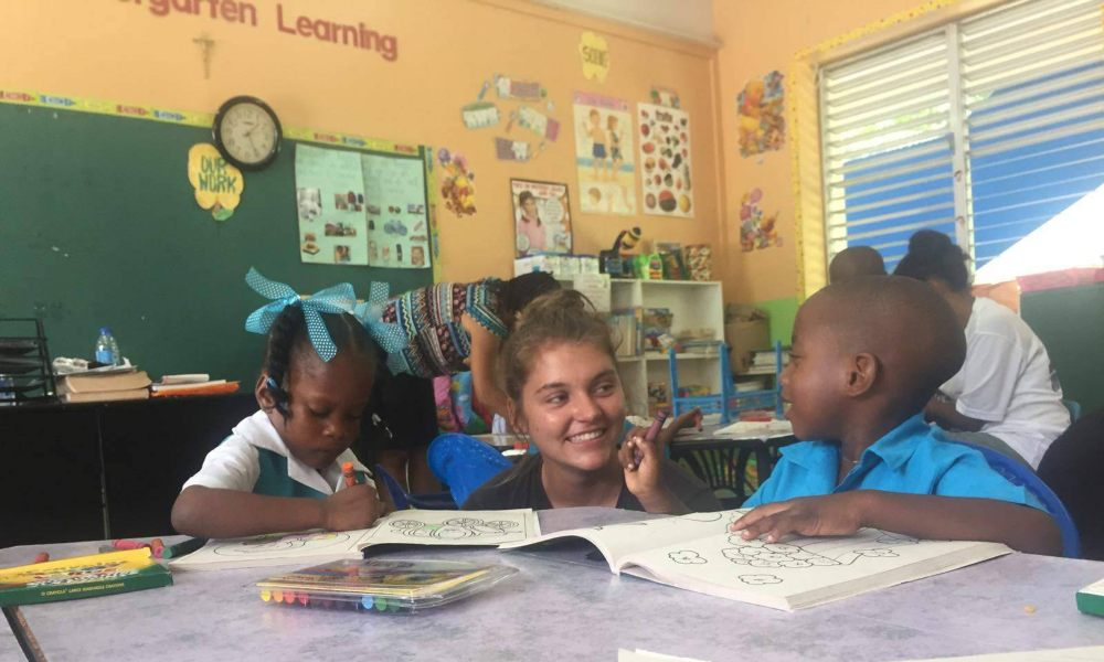 Teaching assistant in the Caribbean