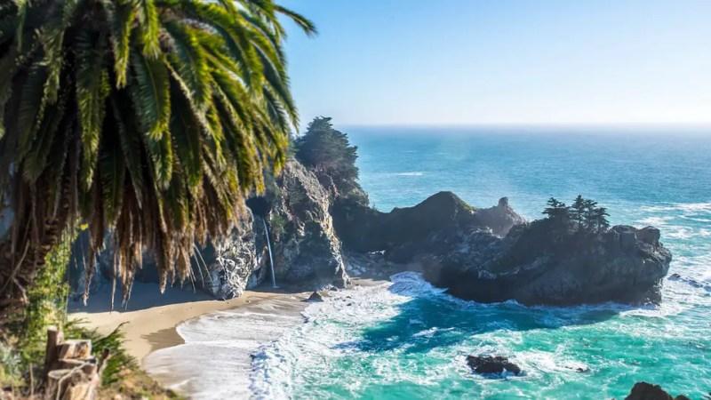 Sandy Beach Resorts | caribbean island