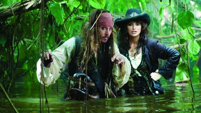 Top 3 Movies Set in the Caribbean Pirates of the Caribbean caribbeantl.com