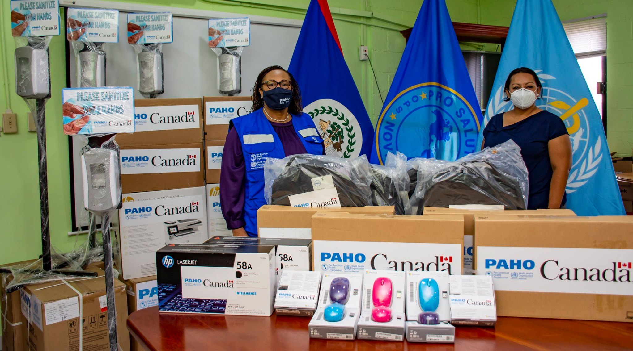 PAHO/WHO Belize and the Government of Canada donate computer equipment