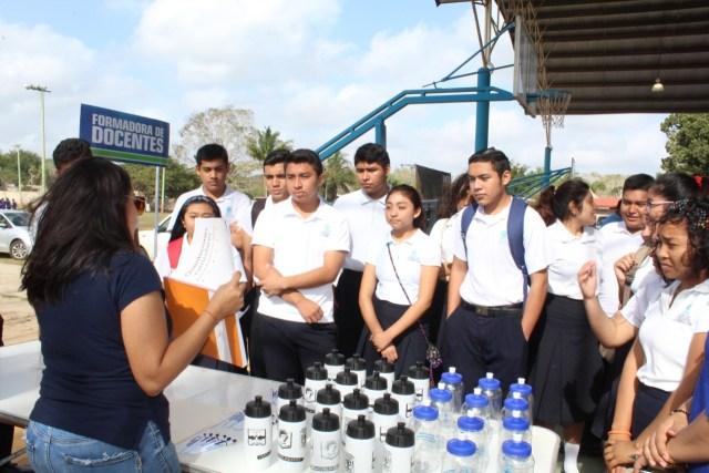 Universidades de Yucatán y Quintana Roo ofrecen planes de estudio a jóvenes de la zona maya