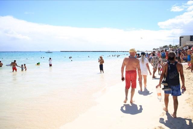 Preparan nuevos accesos públicos a las playas de Solidaridad
