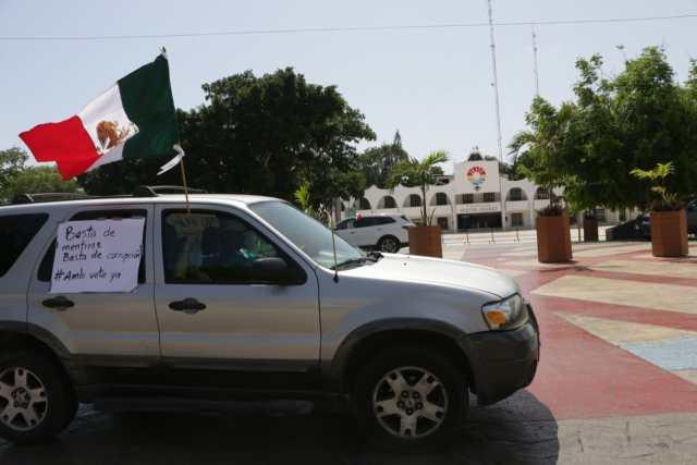 Crece en Cancún descontento contra AMLO; participan 400 autos en caravana de protesta