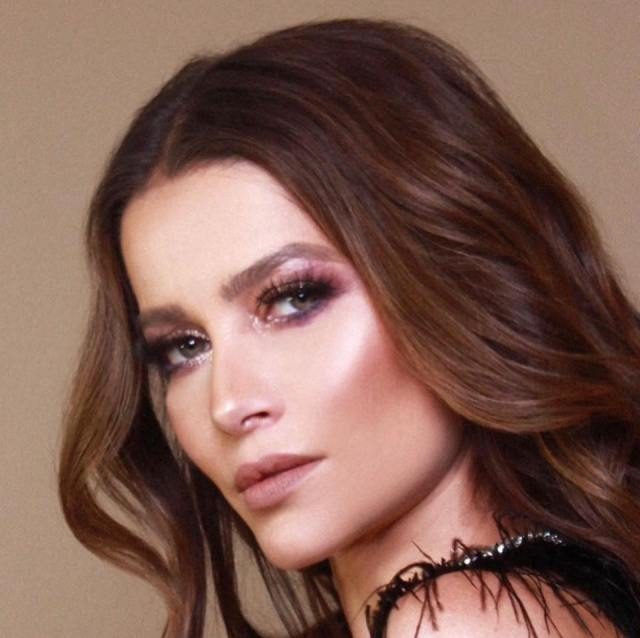 Adriana Fonseca, exitosa actriz mexicana en #entrevista para #Caribempresarial @AdriFonsecaC
