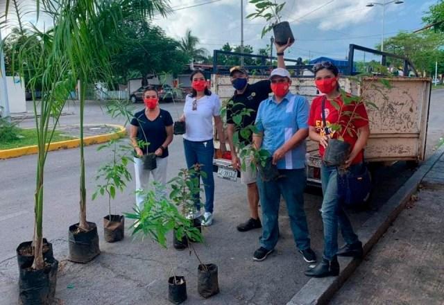 """Club Rotarios de Cozumel impulsa cuidado del Medio Ambiente tras paso de """"Delta"""""""