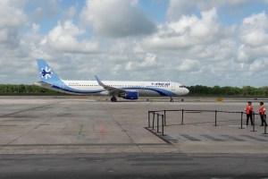 200 clientes inician movilización contra Interjet en Cancún