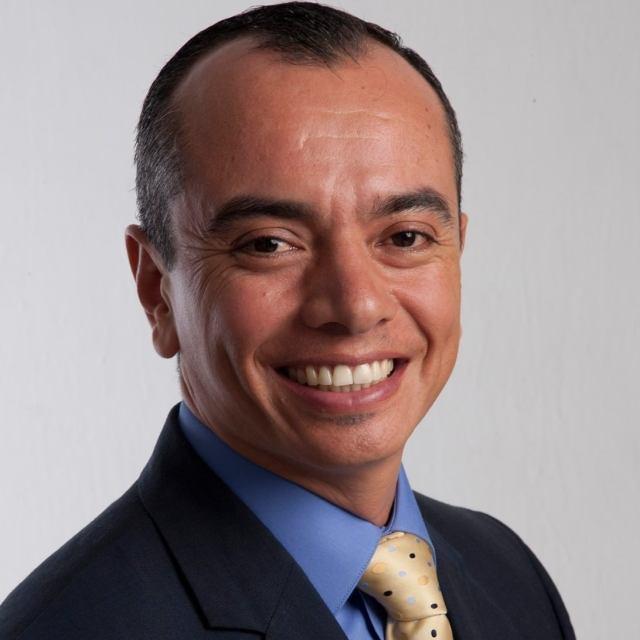 Entrevista con Julián Aguilar Estrada, Rector de la Universidad Tecnológica de Cancún @UTCancun @JulianAguilarE