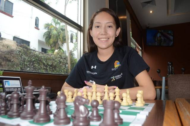 """Destacada ajedrecista quintanarroense da """"jaque-mate"""" a la COVID-19"""