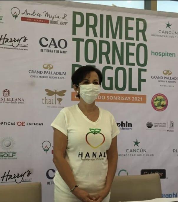 El golf Nutre Sonrisas en las comunidades mayas de Quintana Roo