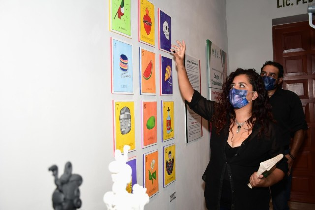 Inauguran muestra de escultura, pintura y arte textil en Cozumel