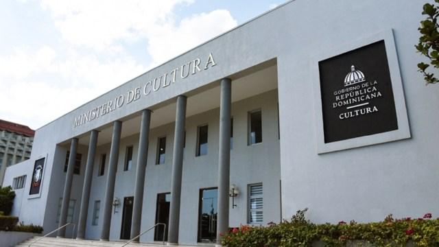 Elaborarán en República Dominicana monumento con armas entregadas voluntariamente