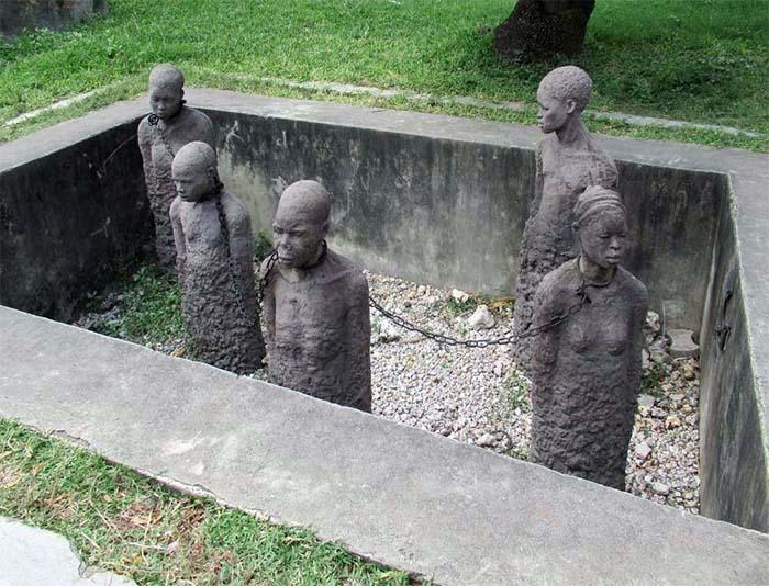 commemoration abolition esclavage stone town slavery memorial zanzibar caraibexpat