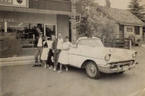 Cariboo Jade & Gift Shop exterior in 1980s