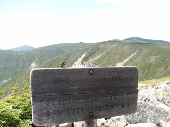 Bondcliff Sign