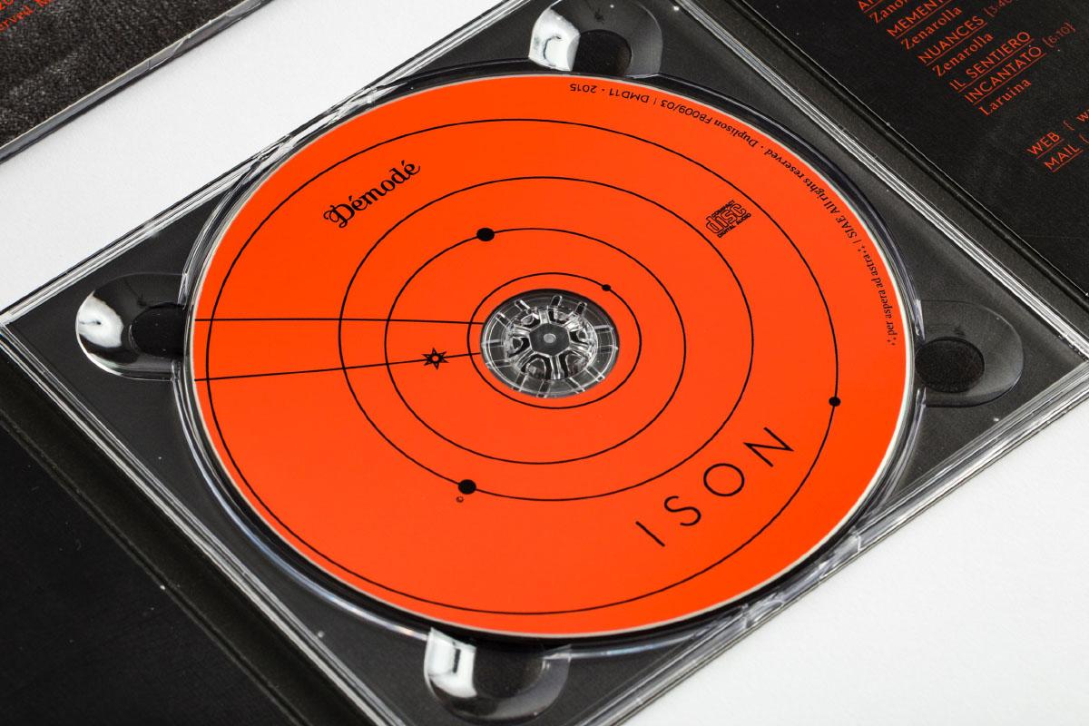 Démodé ISON, cd digipack space design di Carin Marzaro