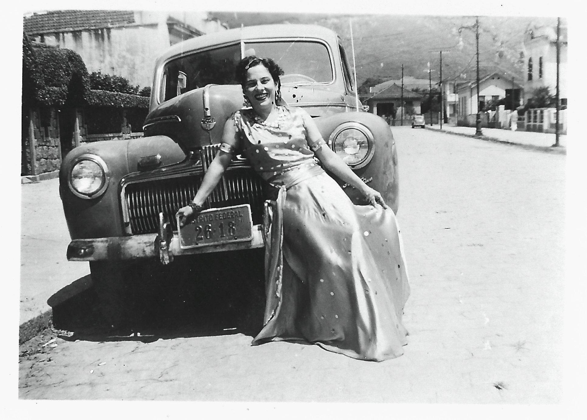 1949 A Cigana e o Carro