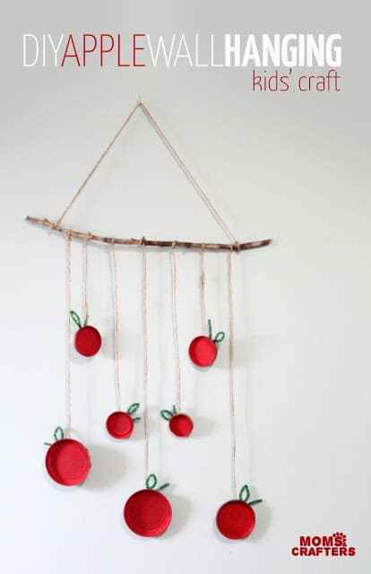 http://www.momsandcrafters.com/apple-craft-for-kids/