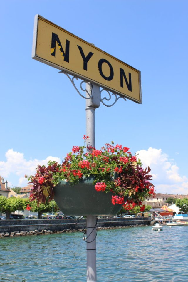 Sign indicating the city of Nyon in France