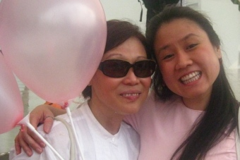 pink dot with Mummy