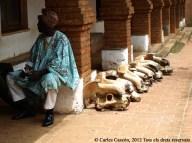 Cranis d'hipopòtam, trons dels notables del sultà